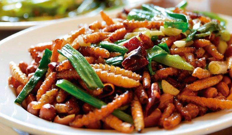 receta de ensalada templada de gusanos de cera