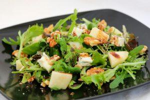 receta de ensalada de pera con hormigas